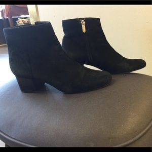 Ankle boots 8 1/2